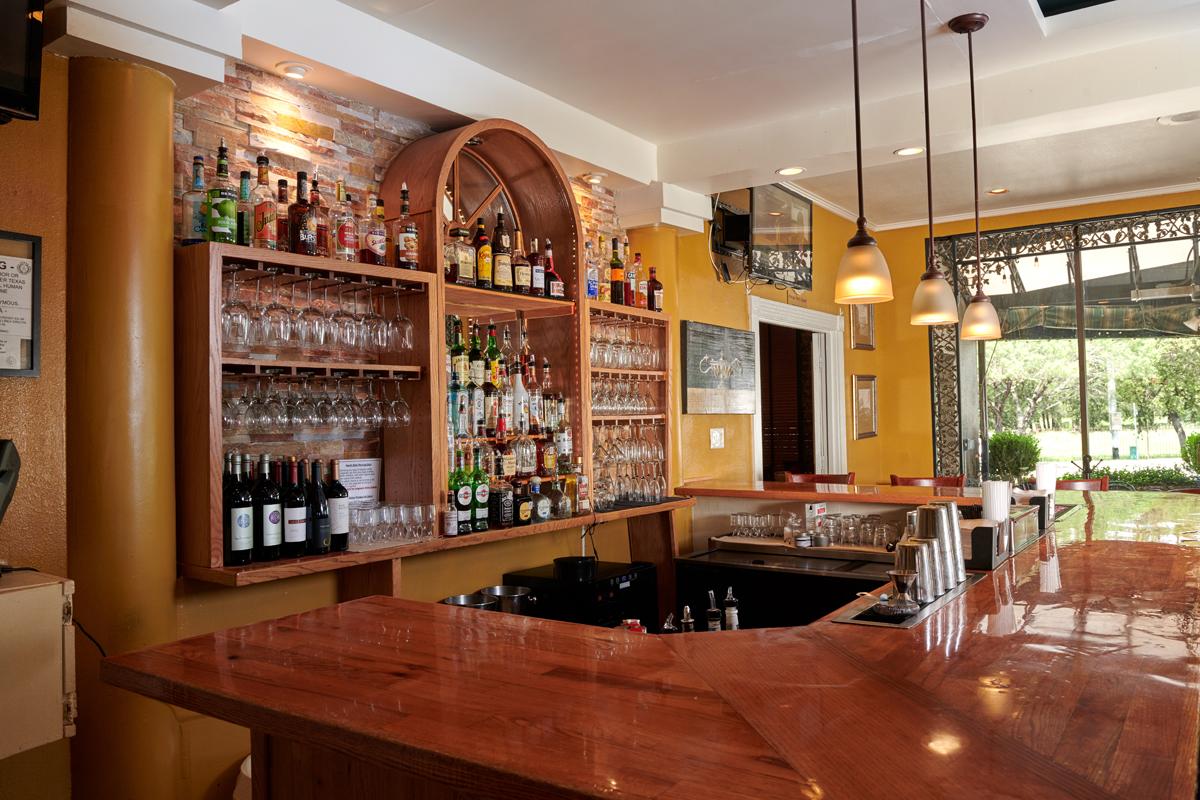 Restaurants Italian Near Me: Milano Italian Restaurant On Wurzbach